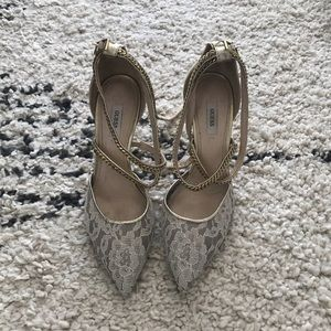 Guess lace heel